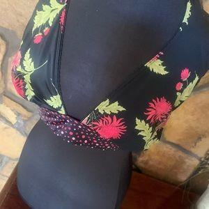 EUC Coco Reef Adorable Bikini Top